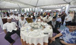 Safari Ramadan Pemerintah Daerah Provinsi Sulawesi Selatan yang dipimpin Penjabat Sekretaris Daerah Provinsi, Ashari Faksirie Radjamilo.